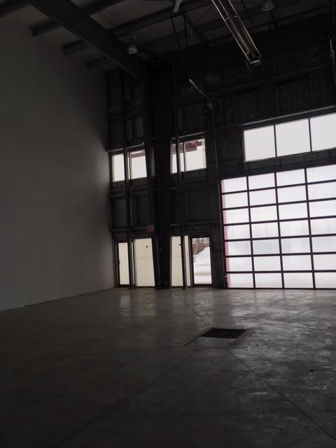 "FOR LEASE - Multi-Tenant Building In Edgar - Bay ""E"" 6,400 ..."