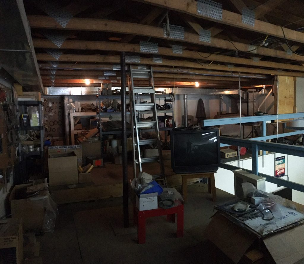 2,400 Sq.ft. North Pines Industrial Unit