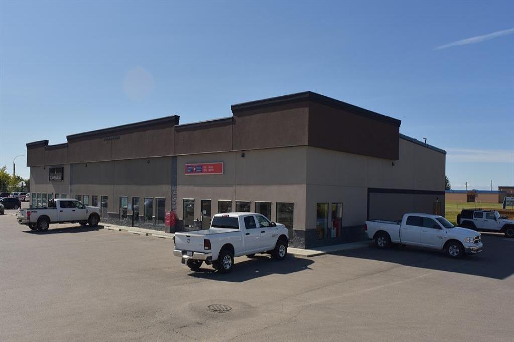 1370 Robinson Avenue, Penhold, Alberta T0M 1R0, ,Commercial,For Lease,Robinson,A1055995